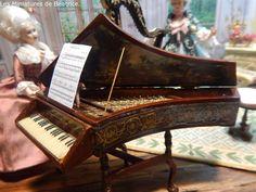 Les Miniatures de Béatrice Musical Instruments, Musicals, Porcelain, Dolls, Miniature Dolls, Music Instruments, Baby Dolls, Porcelain Ceramics, Puppet