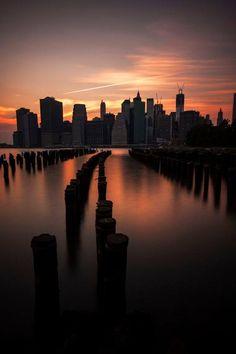 View of #Manhattan from #Brooklyn,#NY https://web.facebook.com/idealpropertiesgroup/photos/a.437113292977802.94994.113361655352969/1118908634798261/?type=3