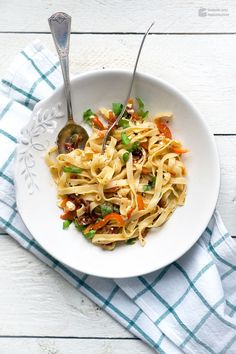 After-work Pasta with Peppers & Dried Tomatoes |  Madame cuisine