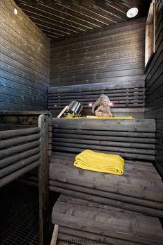 Grey and yellow Sauna Steam Room, Sauna Room, Sauna Shower, Traditional Saunas, Outdoor Sauna, Finnish Sauna, Spa Tub, Spa Rooms, Home Decor Inspiration