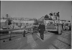 WebNeo Over The Bridge, Ww2 Tanks, World War Ii, Winter, Street View, Trucks, History, Soldiers, Ships