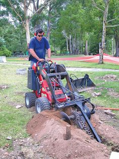 Mini Loaders - Trencher Attachment