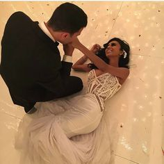 Shared by 𝑀𝒶𝓂𝒾 𝒬𝓊𝑒𝑒𝓃. Find images and videos about couple, goals and wedding on We Heart It - the app to get lost in what you love. Lilly Ghalichi Wedding, Ryan And Walter Bridal, Wedding Night, Dream Wedding, Wedding Goals, Wedding Story, Lace Veils, Fashion Designer, Marrying My Best Friend