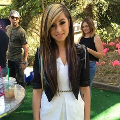 Christina Grimmie Rawwks! I love her hair..