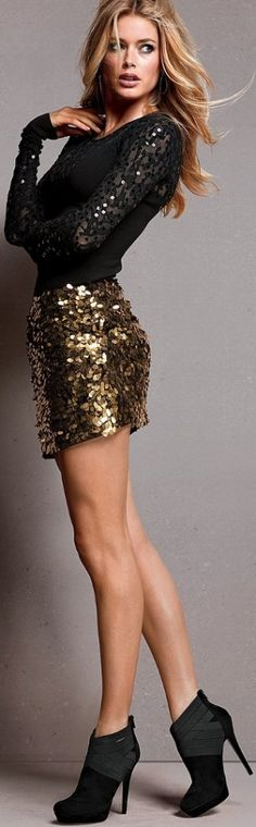 ♔ Black and gold Sequins