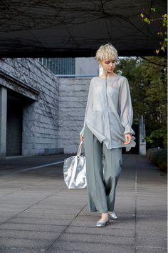 Ad Fashion, Minimal Fashion, Fashion Pants, Look Fashion, Daily Fashion, Spring Fashion, Girl Fashion, Fashion Outfits, Womens Fashion