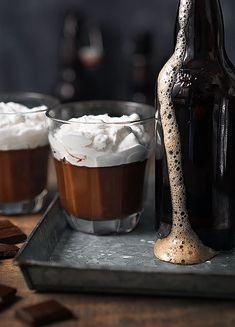kitchen ghost - dark chocolate pudding with double chocolate Double Chocolate Stout, Small Cottage Kitchen, Dark Beer, Coffee Pictures, Chocolate Pudding, Chocolate Chocolate, Chocolate Cobbler, Chocolate Lovers, Cinemagraph