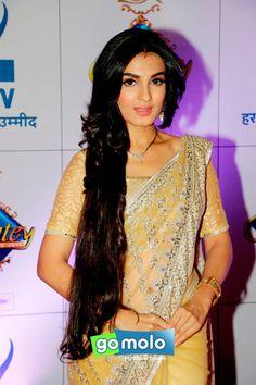 Shiny Doshi at Zee Rishtey Awards 2015 in Mumbai