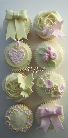 Mio Cupcakes & Cakes