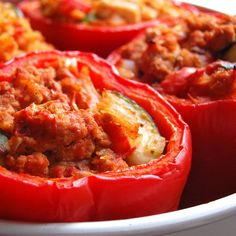 Roasted Paleo Stuffed Bell Peppers Roasted Stuffed Bell Peppers- one of my comfort foods. Love this recipe! Paleo Diet Meal Plan, Diet Meal Plans, Paleo Menu, Comfort Foods, Paleo Recipes, Cooking Recipes, Paleo Grubs, Clean Eating, Healthy Eating