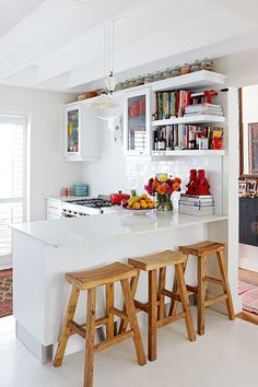 The renovation of this Sea Point cottage proves it's possible to scale down while still living large. For more, visit houseandleisure.co.za Compact Living, Kitchen Nook, Barbacoa, Bold Colors, Kitchens, Scale, Industrial, Cottage, Interiors