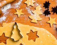 Pudinkové, nafoukané, knoflíkové vánoční cukroví High Sugar, Gingerbread Cookies, Food And Drink, Baking, Desserts, Butter, Petit Fours, Ginger Cookies, Postres