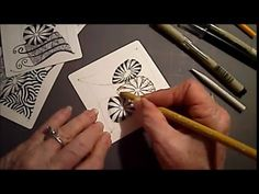 How to Draw Tangle Pattern Pepper Lesson Tangle Doodle, Zen Doodle, Doodle Art, Calligraphy Doodles, Islamic Art Calligraphy, Calligraphy Alphabet, Zentangle Drawings, Doodles Zentangles, Doodle Patterns