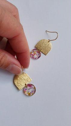 Diy Resin Earrings, Resin Jewelry Making, Jewelry Making Tutorials, Polymer Clay Earrings, Clay Jewelry, Earrings Handmade, Earring Trends, Jewelry Trends, Diy Resin Art
