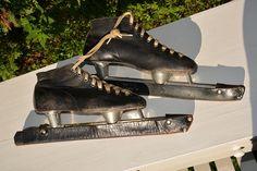 Klassiske lengdeløpsskøyter - Gå på skøyter som de norske skøytelegendene! Størrelse 40 - Til salgs nå på Finn.no  #retro #skøyter #finn.no #lengdeløpsskøyter