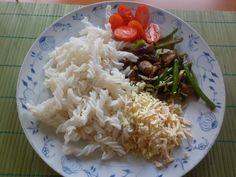 Rýžové nudle se žampiony,porkem a fazolkami,šmakoun s nivou Můj recept,výborné