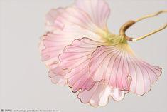 2018 創作簪【 花扇 -kasen- 桃 】Flower fan - Kanzashi, hairstick, headpiece, hairornaments, headdress, DipArt, dipart - by Sakae, Japan Photo by Ryoukan Abe (www.ryoukan-abe.com)   Auction page ▶https://page.auctions.yahoo.co.jp/jp/auction/o218124125  Flickr ▶http://www.flickr.com/photos/sakaefly