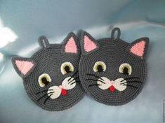 Crochet mug cozy pattern, crochet cozy tutorial, pattern includes 3 variations, customizable to your own mug size, MARLOWE COZY Crochet Applique Patterns Free, Crochet Cat Pattern, Baby Knitting Patterns, Crochet Motif, Crochet Doilies, Crochet Stitches, Crochet Home, Crochet For Kids, Crochet Crafts