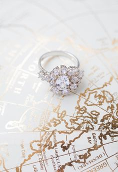 cool Susie Saltzman rings from Christmas elopement in Seattle http://www.trendybride.net/christmas-elopement-shoot-seattle/
