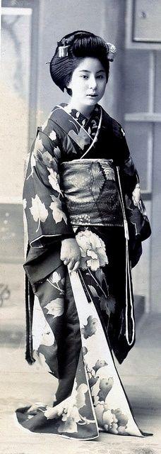 1910......MEHOSHI SHIMOYAMA