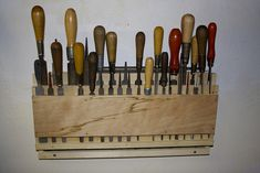 A bit of woodworking—file rack Workshop Storage, Workshop Organization, Diy Organization, Workshop Ideas, Tool Wall Storage, Tool Storage Cabinets, Woodworking Files, Woodworking Projects That Sell, Wood Tool Box