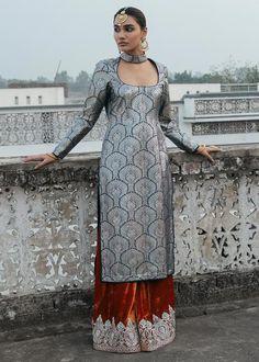 Punjabi Suit Neck Designs, Neck Designs For Suits, Kurta Neck Design, Designs For Dresses, Designer Wear, Designer Dresses, Indian Wear, Indian Suits, Designer Punjabi Suits