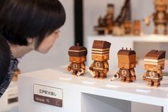 "Modern wood toys by Takeji Nakagawa, aka ""Take-G"" Making Wooden Toys, Modern Toys, Wooden Art, Vinyl Toys, Toy Craft, Designer Toys, Wood Toys, Paper Toys, New Toys"