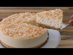 Easy and delicious no-bake cheesecake recipe. If you like coconut flavored desserts, you will love this coconut cheesecake. Cheesecake Recipe With Cream Cheese, No Bake Blueberry Cheesecake, No Bake Chocolate Cheesecake, No Bake Pumpkin Cheesecake, Pecan Cheesecake, Mango Cheesecake, Coconut Cheesecake, Baked Cheesecake Recipe, Cream Cheese Recipes