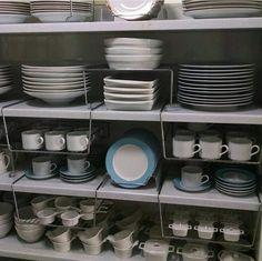 LOUCEIRO ➖ Suporte organizador tipo gaveta ( xícaras) ➖ Porta pratos ( prato sobremesa) ➖ Prateleira móvel ( travessas)  Detalhes ➖ Suporte organizador de encaixe, sem furos, cromado, resistente e muito eficiente DESPENSA:  Detalhes ➖ CESTAS GRANDES  Você pode organizar: ✅ Papel …