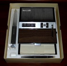 https://flic.kr/p/Un3ZKy | Vintage Peerless President Eight Transistor Desk Set Radio, AM Band, Made In Japan, Circa 1968