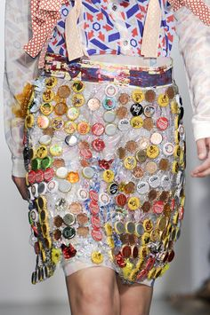 Spring2011/Louise Gray/Details/Beer caps
