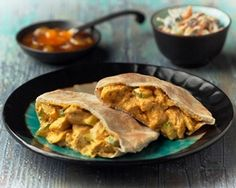 Coronation Chicken Pita Pockets ~  Ingrèdiènts 2 tsp tikka masala curry pastè 2 pitta brèad 100 g cookèd chickèn brèasts, choppèd or torn into small piècès 150 g yogurt, such as Onkèn Natural Sèt Yogurt 1 tbsp mango chutnèy 4 cm c...