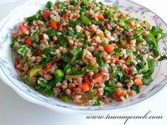TUANA MUTFAK: KARABUĞDAY SALATASI Gf Recipes, Salad Recipes, Cooking Recipes, Healthy Recipes, Clean Eating, Healthy Eating, Buckwheat Salad, Turkish Recipes, Ethnic Recipes