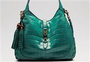 You're mine, when I get rich. Gucci Jackie Bag, Youre Mine, How To Get Rich, Backpacks, Bags, Fashion, Black People, Handbags, Moda