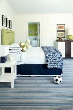 KIDS' ROOMS - BED OPTIONS! Love this for a young boys room.  Can transition from kiddie to big kid seamlessly with a few tweaks!