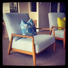 these chairs ... i want!   Charlotte Minty Interior Design
