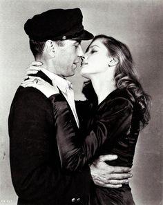 Humphrey Bogart and Lauren Becall
