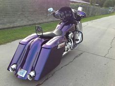 Like the bag n fender set up. And the sissy bar built in the seat.
