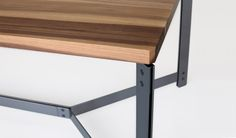Soft Dining Table Deluxe Wood Metal