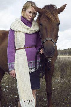 Novita scarf patterns, scarf made with Novita 7 Brothers yarn #novitaknits #knitting #knits https://www.novitaknits.com/en