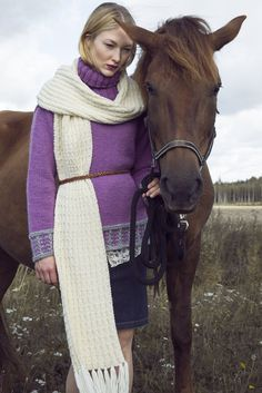 Novita scarf patterns, scarf made with Novita 7 Brothers yarn #novitaknits #knitting #knits https://www.novitaknits.com/en