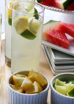 Bacardí Limón Lemonade. A few simple ingredients are needed: Bacardí Limón, lemonade, lemon concentrate, lime and a lemon wedge to garnish. (sp)