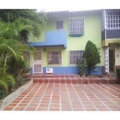 town house en isla dorada http://ciudadguayana.anunico.com.ve/anuncio-de/departamento_casa_en_venta/town_house_en_isla_dorada-22245371.html