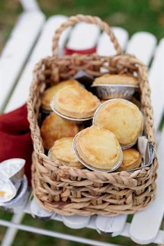 Mini Chicken and Leek Pies Recipe #betterfromaBelling #Belling #BellingResults
