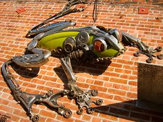 Alliance Metals in Oakland, California has some awesome metal sculptures made out of junk material. This frog can be found on the building wall