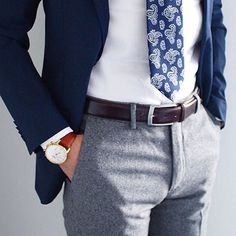 Navy blue paisley tie x white suit shirt x navy blue jacket x brown belt. Do you approve of the combo?  #classicgents #sartorial #sartorialstyle #sartorialist #dappergents #menstyle