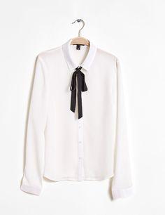 Chemise avec ruban � nouer blanche - http://www.jennyfer.com/fr-fr/collection/chemises/chemise-avec-ruban-a-nouer-blanche-10009397069.html