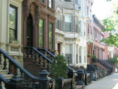 Townhouses in Manhatton, New York City 57 East 64th St. in Lenox Hill, Manhattan