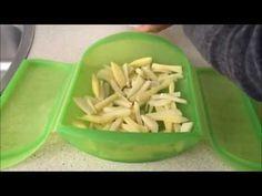 Prepara papas fritas de forma sana y saludable, sólo una cucharada de aceite de oliva en el estuche de vapor Lékue. En el microondas. El tiempo y la potencia...
