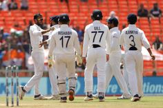 #IndiavsEnglandLive: अक्षर-अश्विन की जोड़ी ने इंग्लैंड की आधी टीम को पवेलियन भेजा, 65 रन पर गिरे 6 विकेट आगे पढ़े..... #INDvsENG #INDvsENG_2021 #INDvsENG4thTest #moteratestmatch #TeamIndia #England #AhmedabadTest
